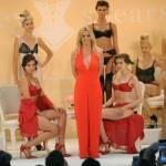 Britney Spears presenta la sua linea di lingerie14