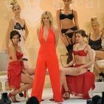 Britney Spears presenta la sua linea di lingerie10