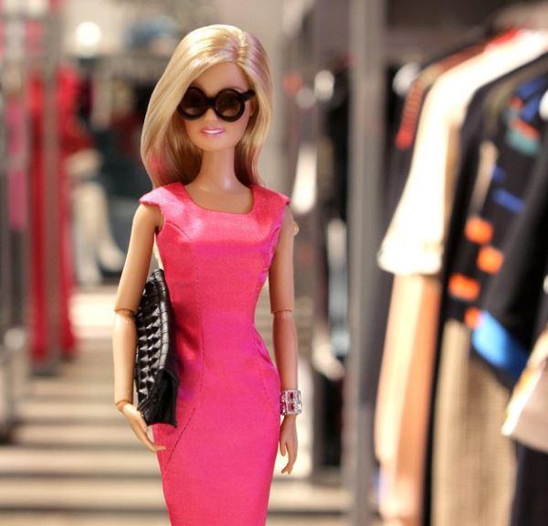 Barbie sbarca su Instagram (FOTO)