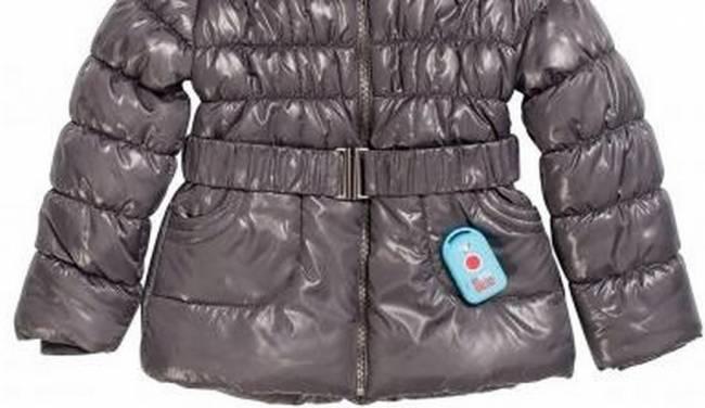 Cappottino munito di gps per rassicurare i genitori: l'idea di un'azienda francese