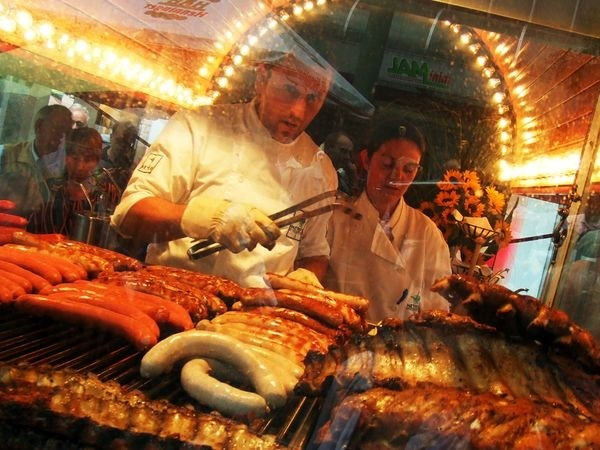 Food trucks: cibo da strada diventa gourmet in tutta Italia