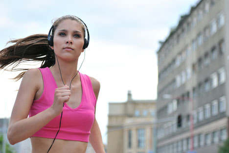 Corsa, meglio breve ma intensa: 1,6 km meglio di una maratona