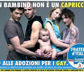 Spot anti gay con la foto di Oliviero Toscani. Il fotografo vuole denunciare FdI