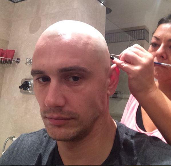 James Franco: capelli rasati a zero per esigenze di copione...(FOTO)