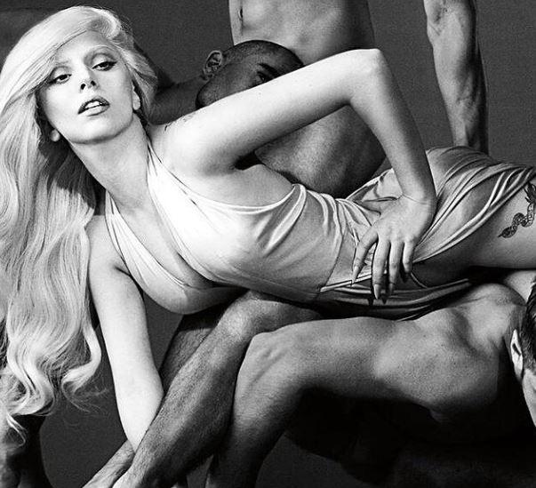 """Lady Gaga: in arrivo il nuovo profumo. Lei avverte: """"ottimo per fare sesso"""""""