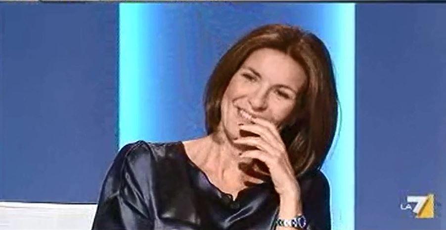 """Alessandra Moretti: chiama Marco Travaglio """"Massimo"""" come Giletti (video)"""