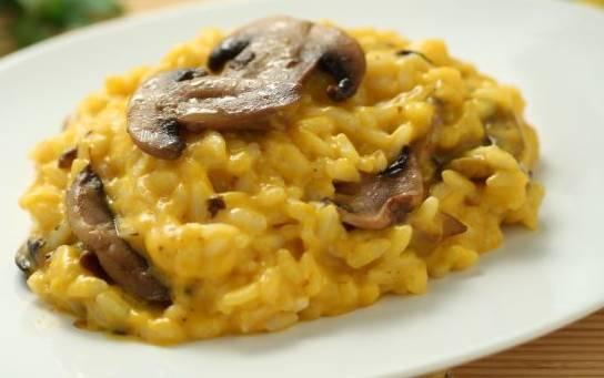 Ricette di primi: risotto alla zucca con funghi e taleggio