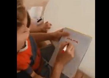 Shakira: suo figlio Milan, a un anno e 8 mesi, già legge (VIDEO)