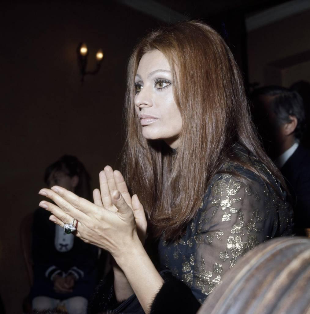 Sofia Loren e Monica Bellucci a Napoli per Dolce e Gabbana