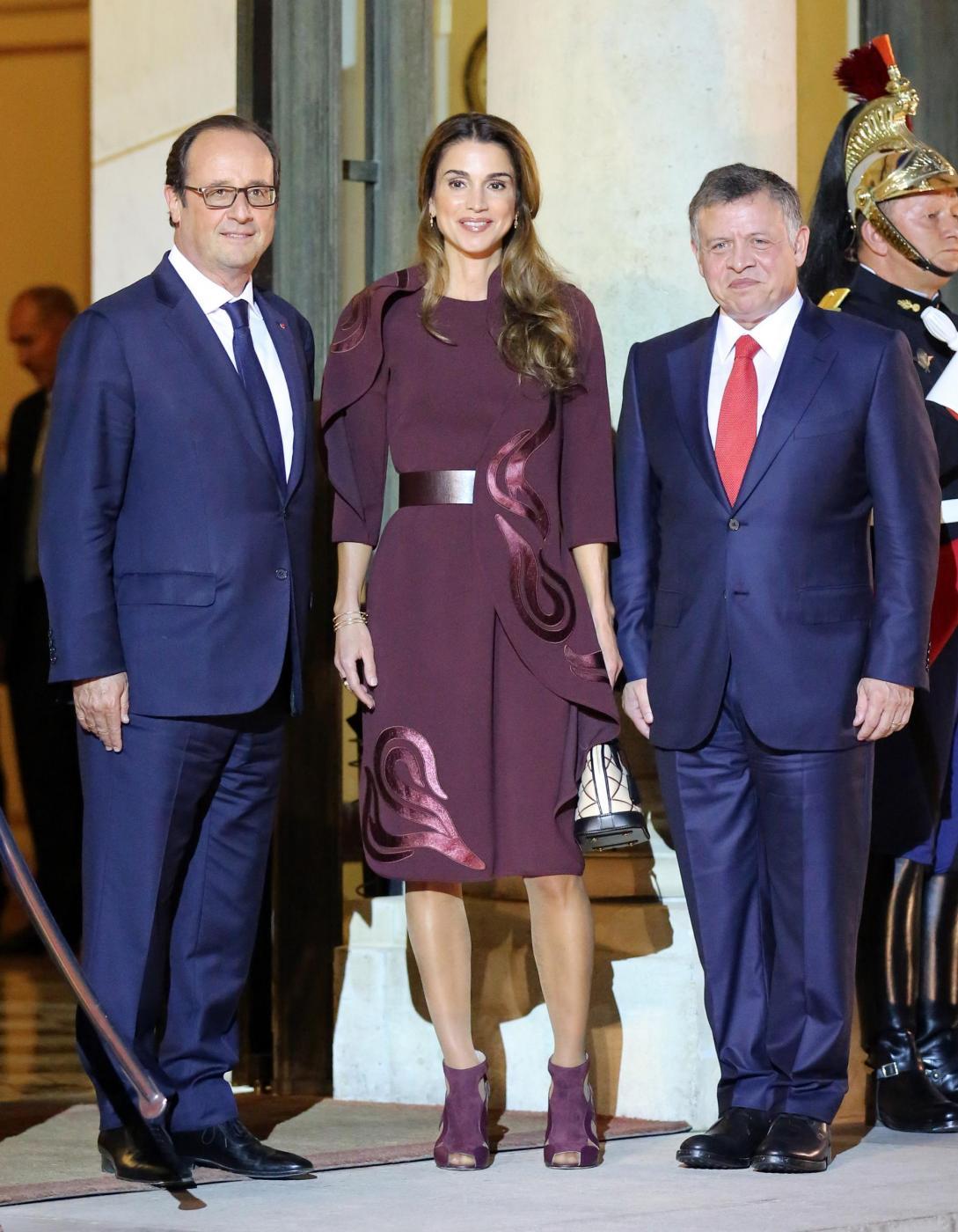 Rania di Giordania incanta Parigi: regina di eleganza (FOTO)