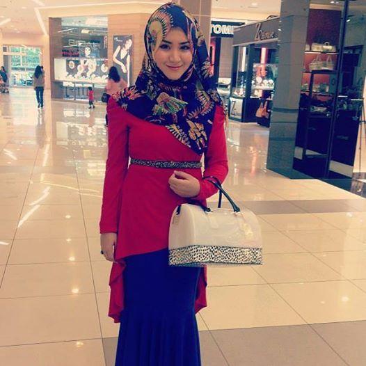 """Indonesia, arriva """"Jilboobs"""": sexy-moda unisce velo e abiti occidentali (FOTO)"""