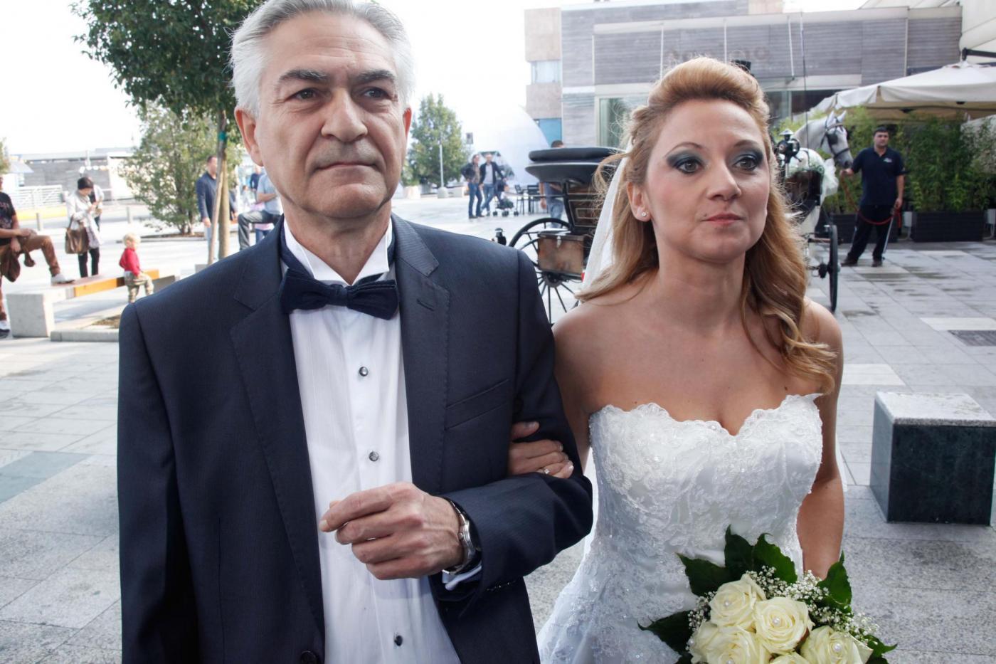 Si sposano nel centro commerciale del primo incontro: è la prima volta in Italia07