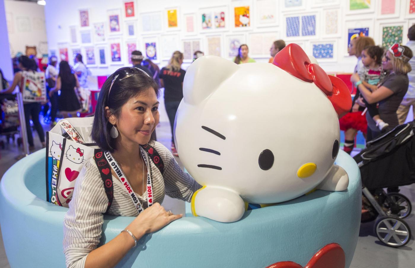 Hello Kitty compie 40 anni: la festa a Los Angeles 03