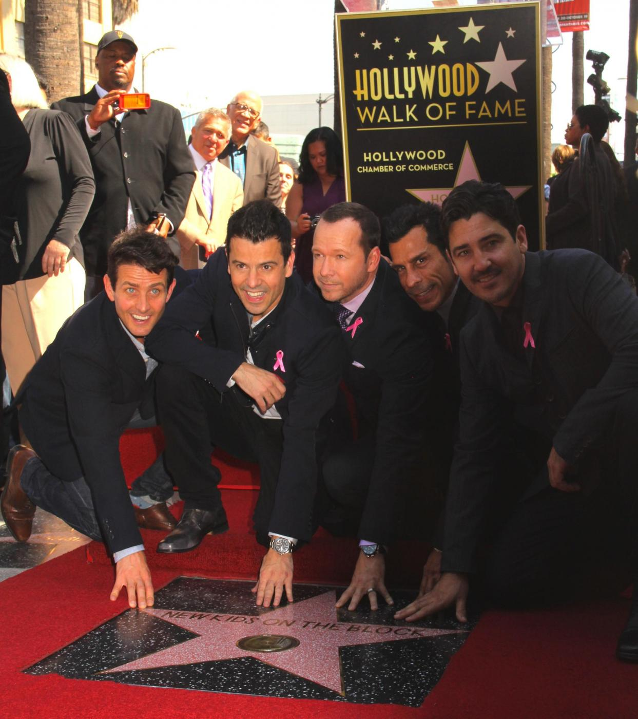 New Kids on the Block nella Walf of Fame di Hollywood Boulevard05