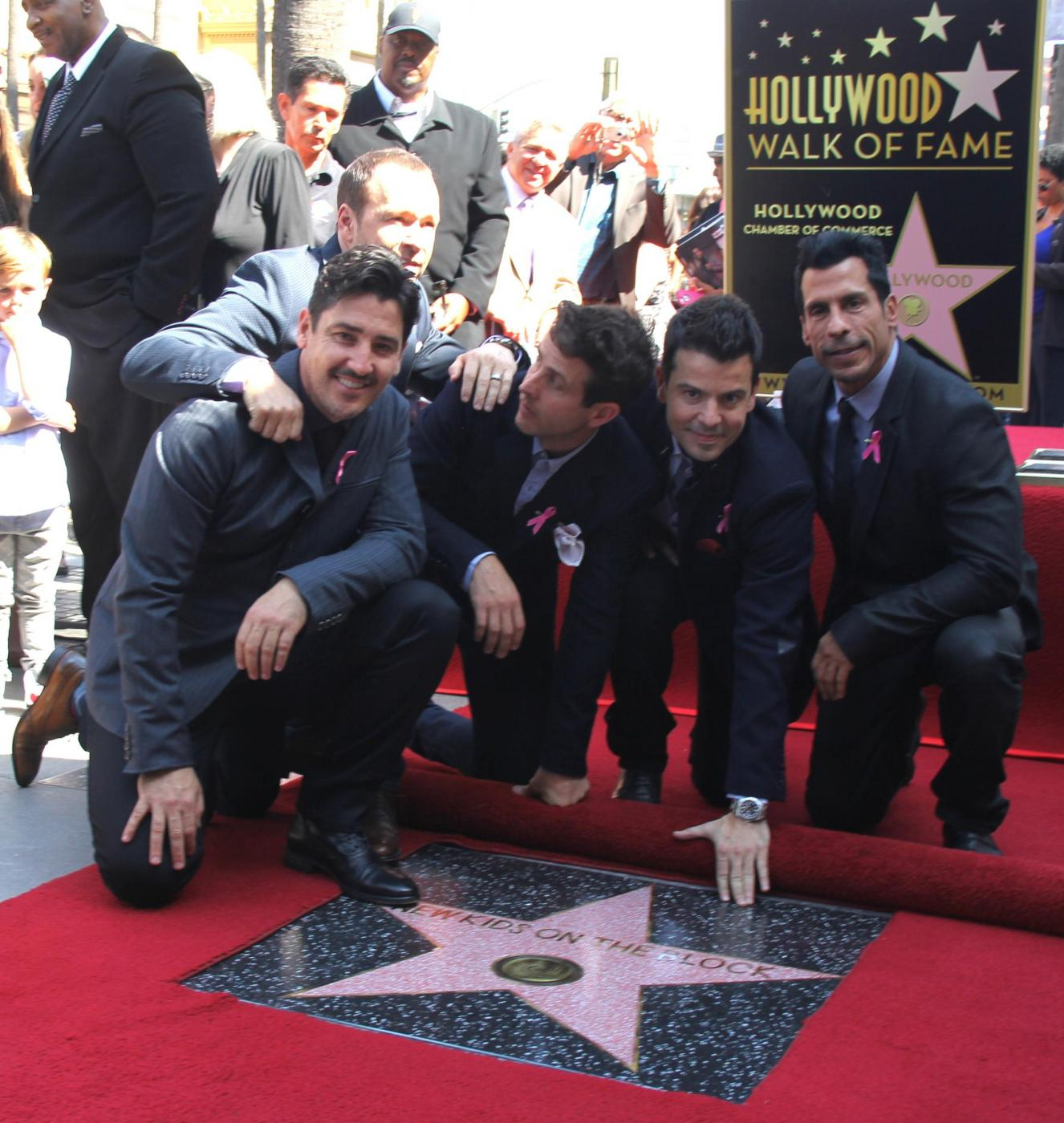 New Kids on the Block nella Walf of Fame di Hollywood Boulevard06