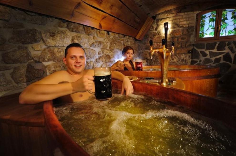 A Praga la Beer Spa: centro benessere a base di birra FOTO 03