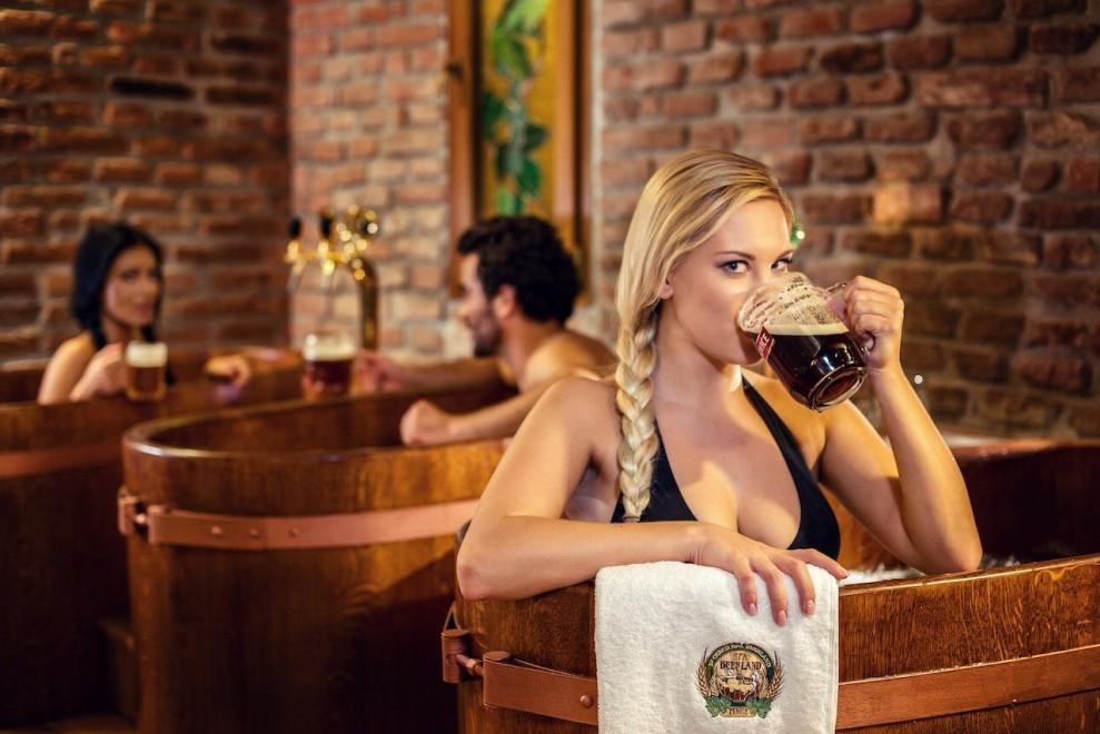 A Praga la Beer Spa: centro benessere a base di birra FOTO 05