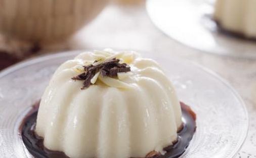 Ricette di dolci: budino al cioccolato bianco