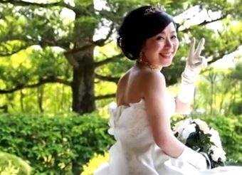 """""""Mi sposo con me"""": dal Giappone arriva il matrimonio per donne single (VIDEO)"""