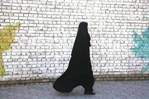 """La conversione di Nadine, da Milano alla Jihad: """"Devo uccidere gli infedeli"""""""