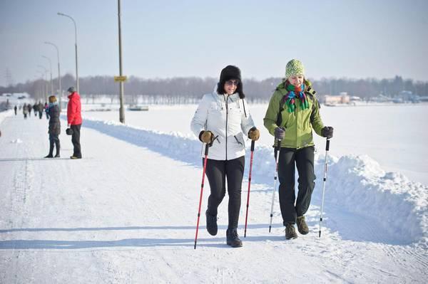 Nordic walking: ecco come dimagrire proteggendo il cuore