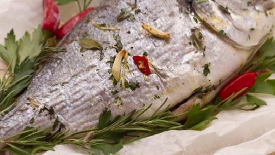 Ricette Di Pesce Orata Al Cartoccio Con Erbe Aromatiche Ladyblitz