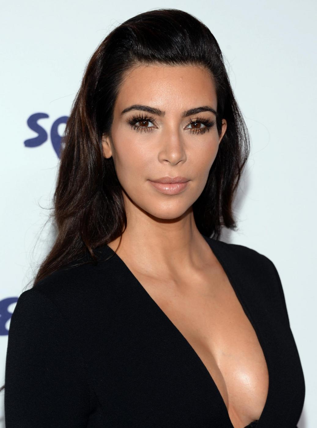Buon compleanno Kim Kardashian: la regina del reality compie 34 anni (FOTO)