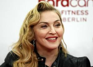 """Madonna: Rocco vive a Londra col padre, lei gli scrive """"Mi manchi"""""""
