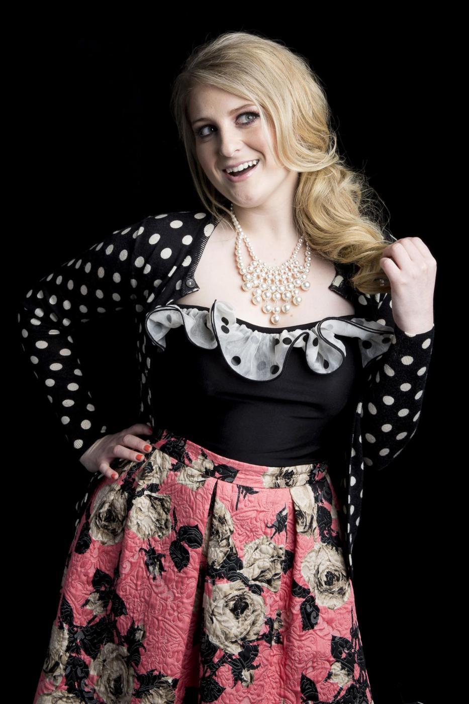 """Meghan Trainor, l'anti Barbie del pop: """"Non sarò mai magra, mai di silicone"""