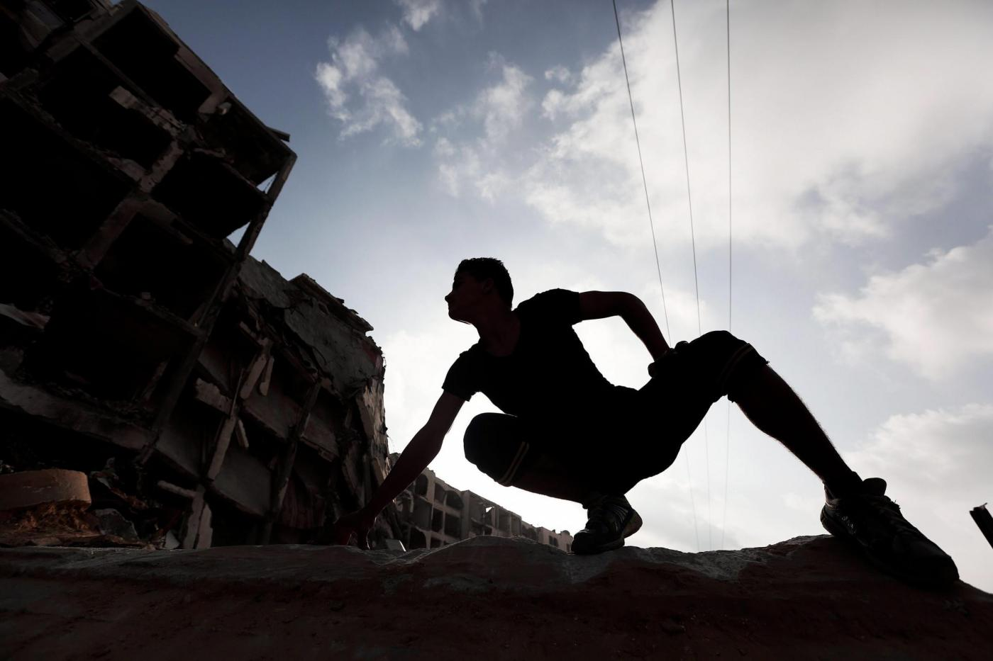 Parkour tra le macerie di Gaza City08