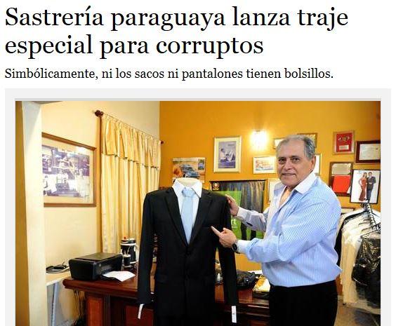Paraguay, completi da uomo senza tasche: simbolo lotta alla corruzione (FOTO)