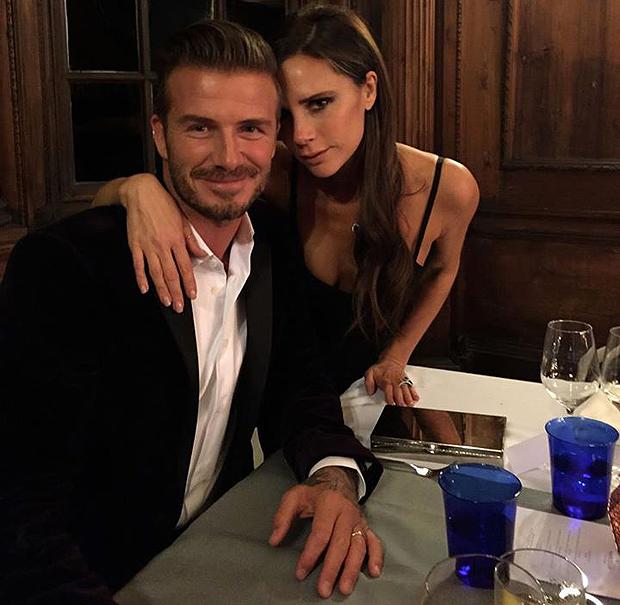 Victoria e David Beckham mai così teneri tra baci e selfie d'amore (FOTO)