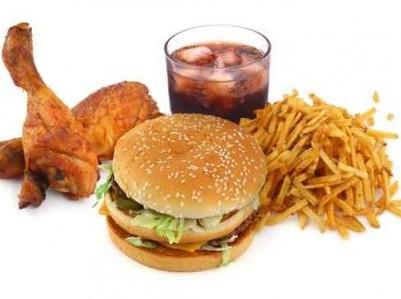 Cibo-spazzatura, 5 modi per resistere alle tentazioni