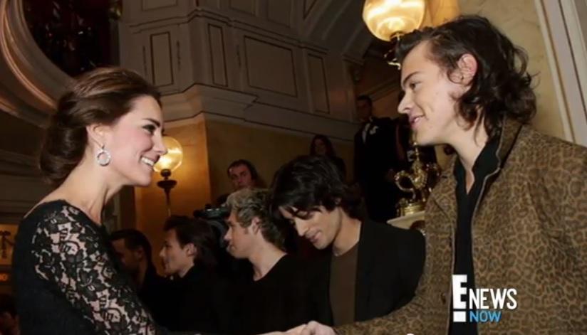 Kate Middleton incontra gli One Direction a Londra: il video