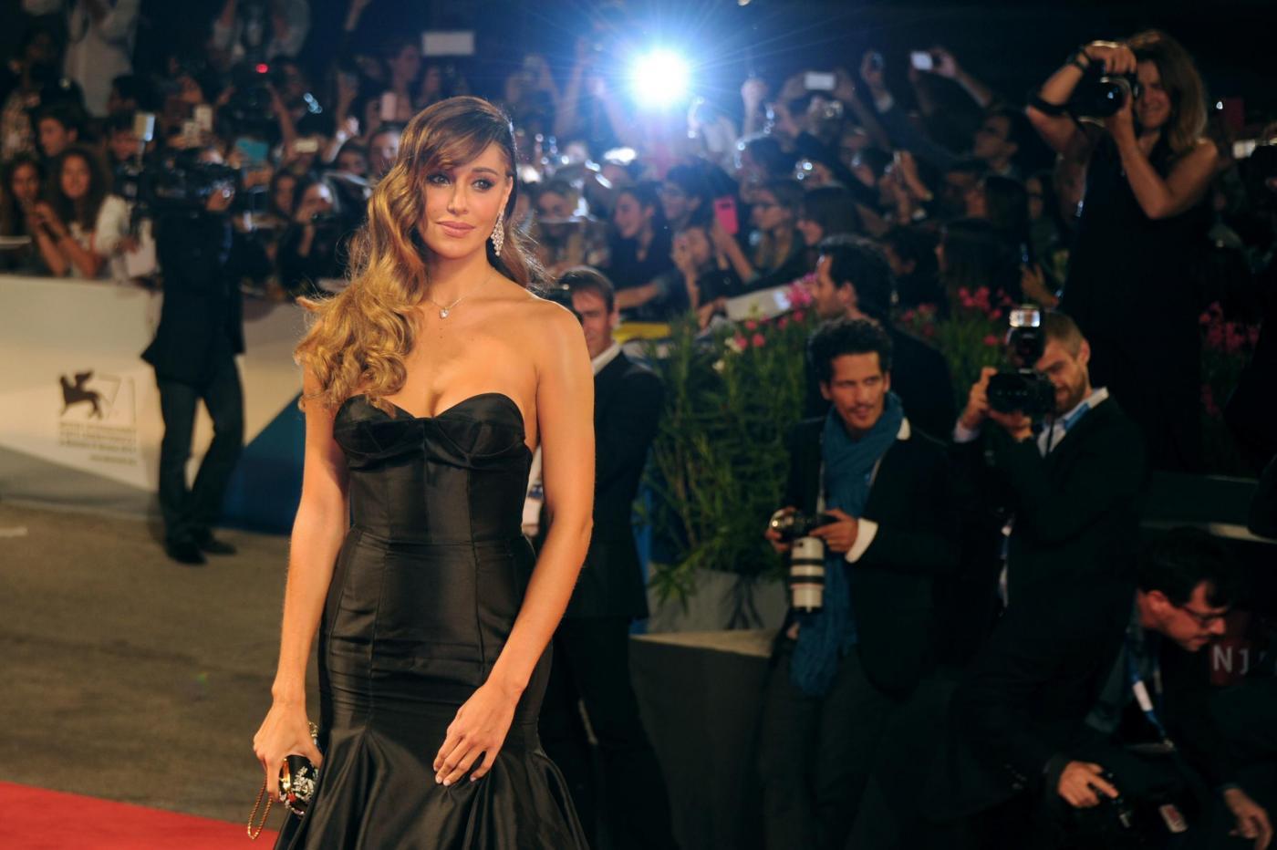 Da Angelina Jolie a Monica Bellucci, il trionfo dello stile dark FOTO