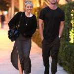 Miley Cyrus, passeggiata romantica col nuovo fidanzato Patrick Schwarzenegger13