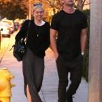 Miley Cyrus, passeggiata romantica col nuovo fidanzato Patrick Schwarzenegger08