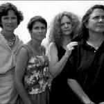 Quattro sorelle, stessa posa per 40 anni: scatti finiscono al MoMa di New York 15