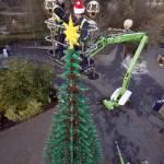 Albero di Natale realizzato con 300mila mattoncini della Lego04