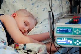 """Bambini con tumore, """"carta d'identità molecolare"""" per le terapie"""