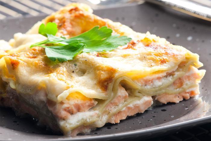 Ricette di primi: lasagne salmone e burrata
