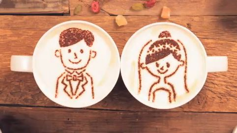 """""""Latte motion"""", storia d'amore raccontata con il cappuccino VIDEO"""