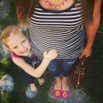 i selfie al pancione che cresce con figlia accanto sono virali05