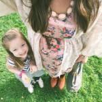 i selfie al pancione che cresce con figlia accanto sono virali04