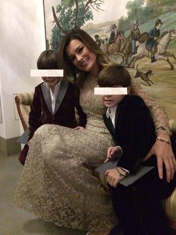 """Alena Seredova """"cornuta"""", la foto diventa virale"""