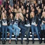Taylor Swift shopping a Londra: si prepara al Victoria's Secret Fashion Show04