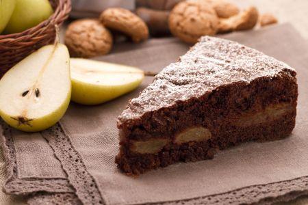 Ricette di dolci: torta cioccolato, pere e amaretti
