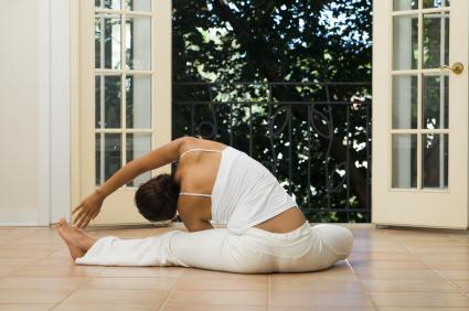 Yoga per proteggere il cuore. Fa bene quanto corsa e bici