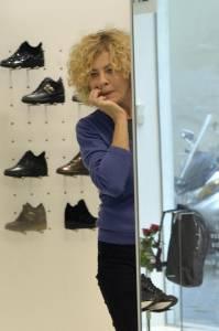 Eva Grimaldi e Roberta Garzia shopping insieme09
