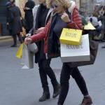 Eva Grimaldi e Roberta Garzia shopping insieme